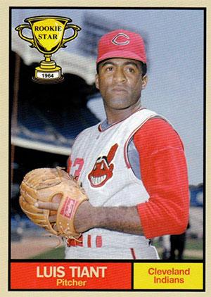 Luis Tiant Baseball Card